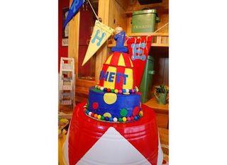 Rhett big cake 2