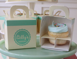 Favor_box_with_cupcake