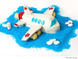 2010Cake_P_Airplane